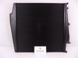 44-VOL30E VOLVO CHARGE AIR COOLER: VN(VOLVO/SOME CUMMINS ENGINES) 2003-2008