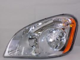 Freightliner Cascadia Halogen Headlight Assembly | Driver Side | A0651907006